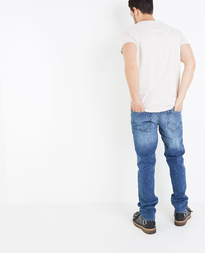 blauwe-straight-fit-jeans