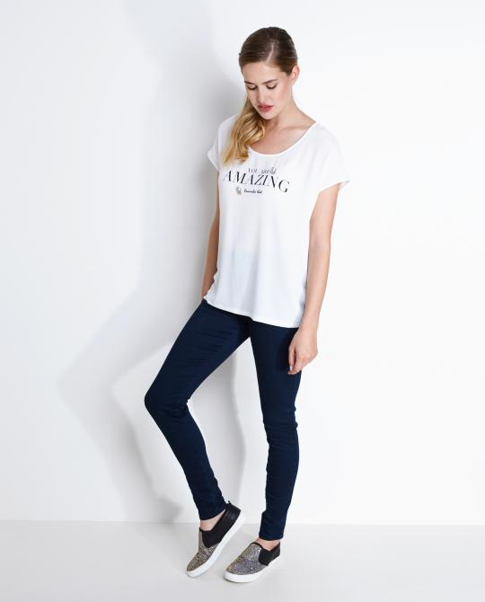 wit-statement-t-shirt-met-stenen
