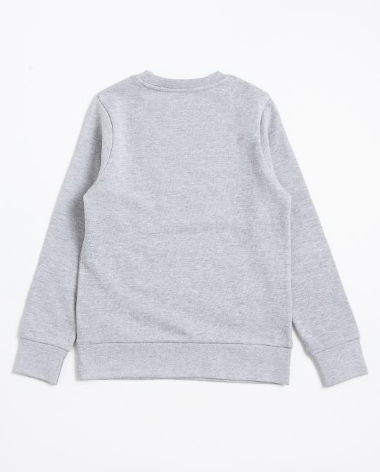 sweater-mit-coolen-patches