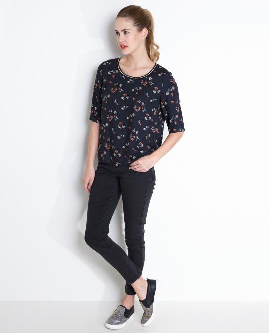 blouse-met-allover-print