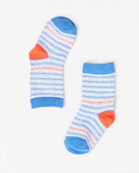 chaussettes-a-rayures-bleues-et-blanches