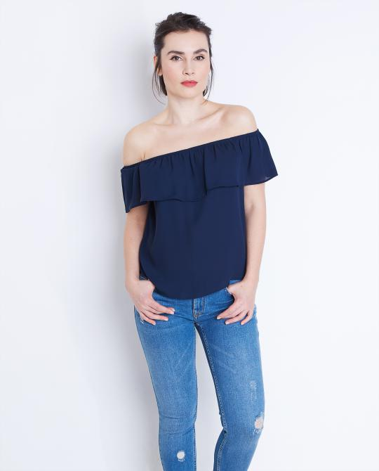 marineblauwe-off-shoulder-top