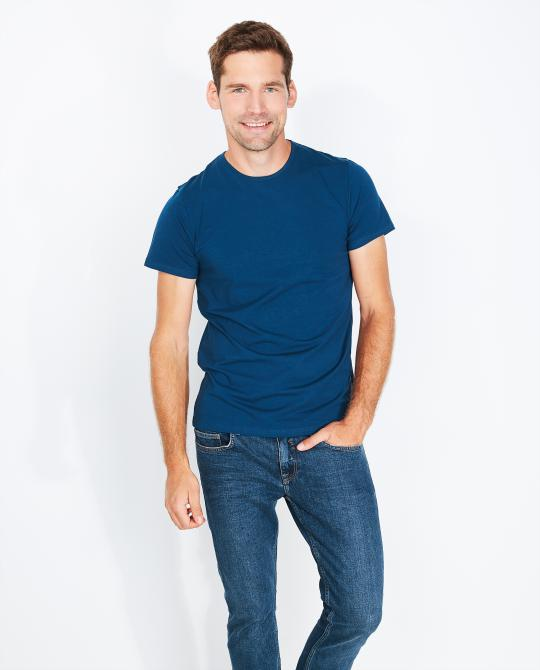 t-shirt-bleu-marine-slim-fit