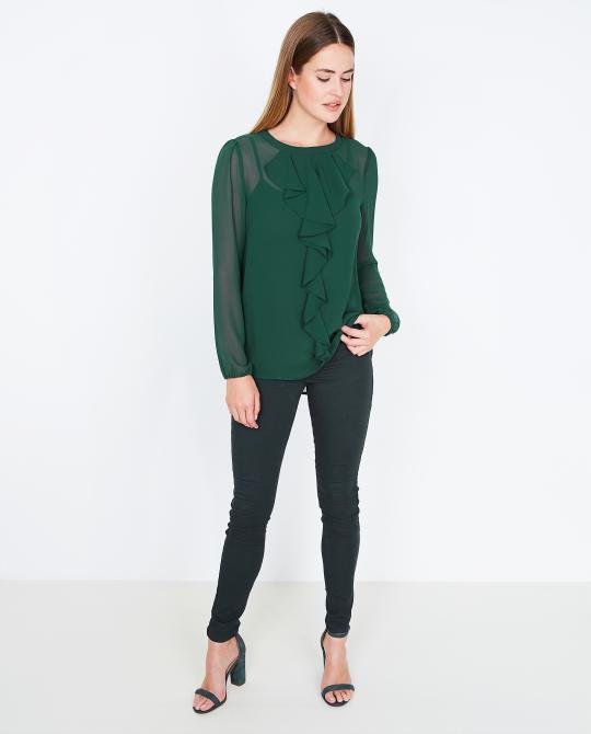 groene-blouse-soaked-in-luxury