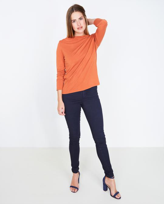 t-shirt-orange-a-longues-manches-soaked-in-luxury