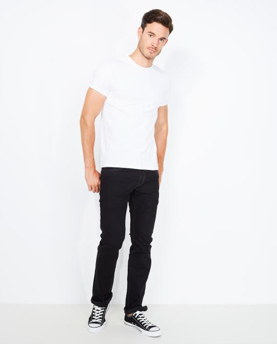 zwarte-fitted-straight-jeans