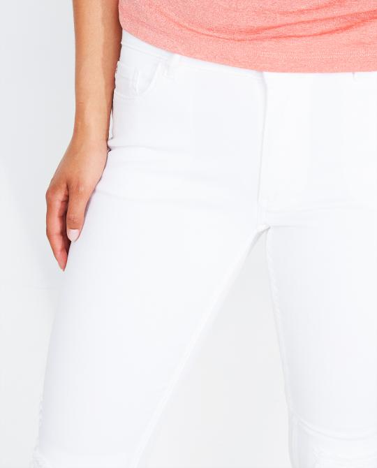 witte-destroyed-skinny-jeans