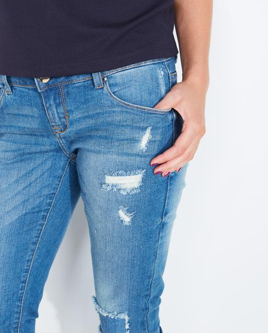 destroyed-jeans-met-wassing
