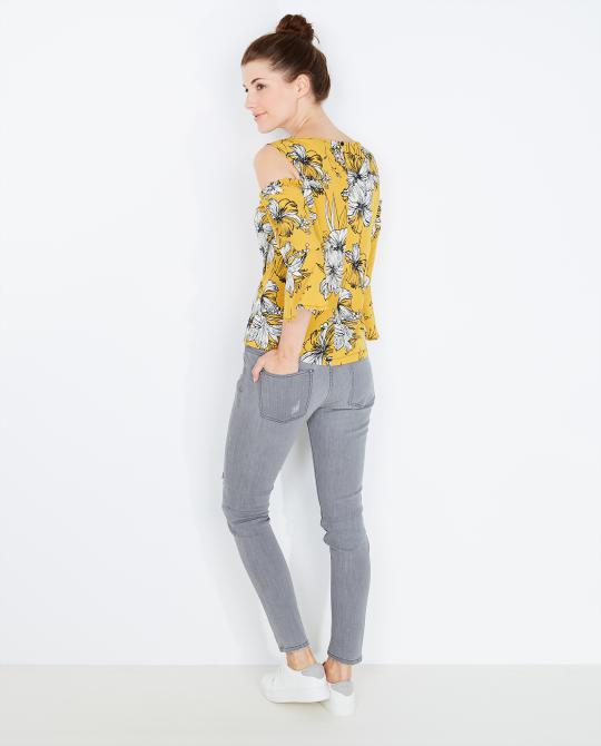 mosterdgele-blouse-met-cut-outs